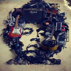 In memoriam! Jimy Hendrix, everything made of musical items.