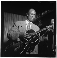 Jazz musician, early electric guitar