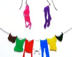 collana bucato appeso sul clothesline