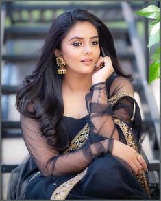 Sreemukhi Beautiful HD Photoshoot Stills & Mobile Wallpapers HD 🌟 is part of Tamil actress photos - Tablet Wallpaper (sreemukhi) Hollywood Actress Photos, Tamil Actress Photos, Sonam Kapoor, Deepika Padukone, Most Beautiful Indian Actress, Indian Beauty Saree, Indian Sarees, South Indian Actress, India Beauty