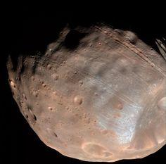 Al 47° meeting annuale della American Astronomical Society's Division for Planetary Sciences a National Harbor, nel Maryland, è stata presentata una ricerca su Phobos, una delle lune del pianeta Marte. Leggi i dettagli nell'articolo!