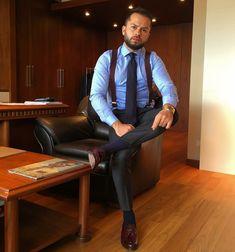 Mens Fashion Suits, Mens Suits, Men's Fashion, Classic Men, Mens Braces, Sheer Socks, Mens Attire, Stylish Mens Outfits, Dress For Success