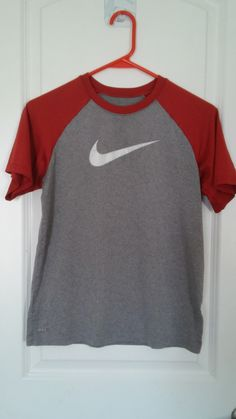 Brand Name Resale Clothes at AMAZING PRICES!!! www.brandnameresale.com Nike  Fit Dry Boys sz 10-12 8eb673072