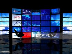 157438203-room-with-a-wall-of-tv-screens-gettyimages.jpg (478×359)
