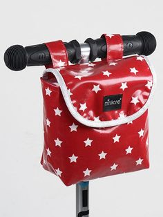 Stars Handlebar Bag Minikane Teen Children- A large selection of Toys and Hobbies on Smallable, the Family Concept Store - More than 600 brands. Coin Couture, Couture Sewing, Bag Patterns To Sew, Diy For Kids, Kids Fashion, Trends, Green Life, Crochet, Cycling