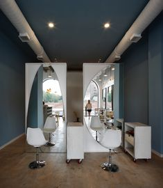 Gallery of OD Blow Dry Bar / SNKH Architectural Studio - 2
