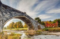 Pont Fawr and River Conwy, Llanrwst, North Wales, by Julian Elliott – winner of Countryside is GREAT Award. Photography Competitions, Photography Awards, Art Photography, Travel Photography, Irish Landscape, Landscape Photos, Uk Landscapes, Visit Britain, Jurassic Coast