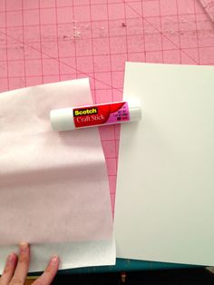 Little Bit Funky: how to make a freezer paper transfer {why freezer paper NEEDS to be in your stash} Freezer Paper Crafts, Freezer Paper Transfers, Craft Stick Crafts, Fall Crafts, Wood Crafts, Diy Wood, Diy Crafts, Wood Transfer, Transfer Paper