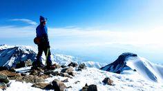 鹿島槍ヶ岳南峰から北峰を眺める
