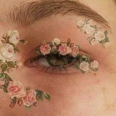 photo ✰P I N T E R E S T: ✰ A n n a ✰✰Form; Make up looks; Make up face; Aesthetic Eyes, Art Hoe Aesthetic, Aesthetic Makeup, Aesthetic Photo, Aesthetic Pictures, Pink Tumblr Aesthetic, Angel Aesthetic, Aesthetic Beauty, Aesthetic Drawing