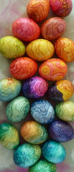 Easter eggs painted with alcohol ink - by Nina Dusa