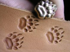 01101 Bear Grizzly track paw Brass stamp Leather by Toolpaw Tandy Leather, Leather Art, Biker Leather, Leather Tooling, Leather Working Tools, Leather Craft Tools, Leather Projects, Leather Crafts, Leather Carving
