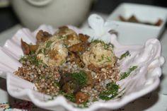 Klopsy drobiowe gotowane na parze  z kurkami - Kuchnia pokoleń - Kuchnia pokoleń Grains, Rice, Meat, Chicken, Cooking, Food, Kitchen, Essen, Meals