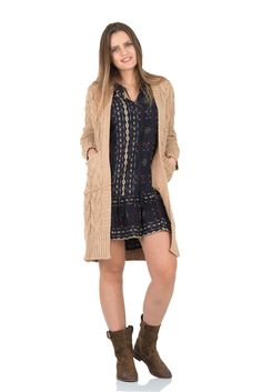 Your BFF for this winter! A long open-front cream/Beige cardigan with two pockets, to instantly upgrade any outfit. The braided design on the sleeves and front makes this cardigan classy and makes you more elegant than ever.sku: 11262