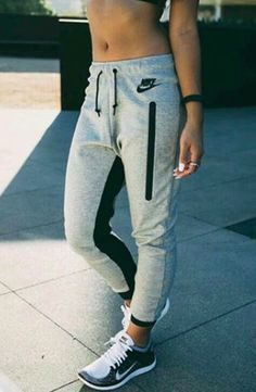 ba1cf0ddcb11 30 Stylish Summer Workout Outfits for Women - Gym Outfits for Women ...