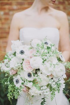lush white bouquet |