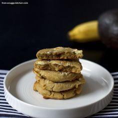 Avocado White Chocolate Chip Cookies von From-Snuggs-Kitchen