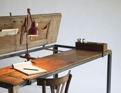 This desk is the perfect place to capture those creative ideas. Submitted by: Manoteca