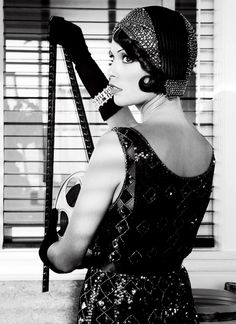 """Bérénice Bejo depicted as a flapper in 2011 movie """"The Artist"""""""