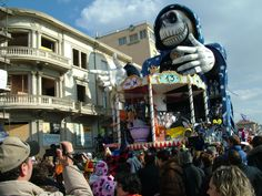 Carnevale, Viareggio, Italy#carnevale #viareggio - Repinned by #hoteltettuccio Montecatini Terme