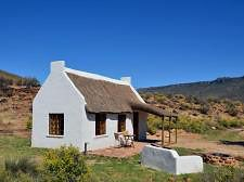 Enjo Nature Farm is a romantic weekend getaway in Cederberg Wilderness Area. Enjo Nature Farm is a great getaway that leaves you with las. Romantic Weekend Getaways, Romantic Vacations, Bahamas House, Holland House, Cape Dutch, African House, Eco Buildings, Small Cottage Homes, Dutch House