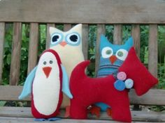 Animals from felted sweaters. Thanks citypeas!