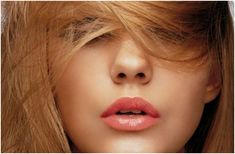 Tips To Choose Hair Color For Pale Skinned Beauties | StyleCraze