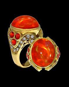Paula Crevoshay ~ yellow gold, opal and diamond ring Opal Jewelry, Jewelry Art, Jewelry Rings, Fashion Jewelry, Jewelry Design, Jewellery, Bohemian Jewelry, Vintage Jewelry, Burnt Orange