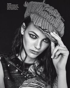 Vogue Korea October 2017 Vittoria Ceretti photographed by Hyea W. Kang | fashion editorial fashion photography #FashionTrendsEditorial