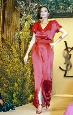 1986 - Yves Saint Laurent Couture show - by Anne Marie Bohme
