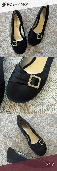 Black Rhinestone Buckle Flats Adorable black flats with a rhinestone buckle. Satin feel. Like new condition. Size 11. 30% off bundles Make offers! Predictions Shoes Flats & Loafers
