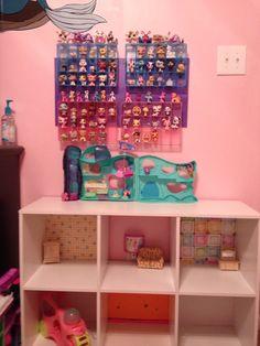 Littlest Pet Shop Storage and Play Center !
