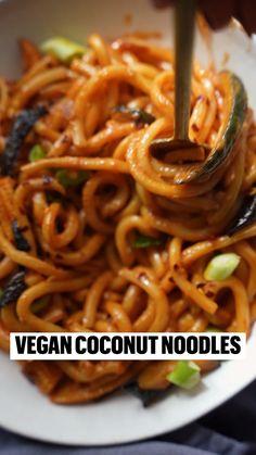 Vegan Noodles Recipes, Vegan Dinners, Veggie Recipes, Asian Recipes, Vegetarian Recipes, Vegetarian Stew, Asian Noodle Recipes, Cooking Recipes, Healthy Recipes