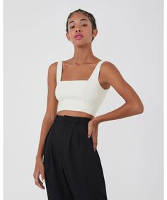 Top Reto - Loja Tres White Tops, Off White, Cool Outfits, Style, Square Necklines, Outfits, Swag