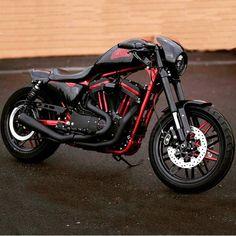 "1,507 curtidas, 7 comentários - Harley-Davidson Sportster (@sportsterlovers) no Instagram: ""Taken from: { @harleydavidsonamerica }_______________________________________ Check…"" #harleydavidsonsportsterroadster"