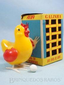 Brinquedo antigo - Rosita - Galinha dos ovos de ouro 8,50 cm de altura Coleção Carlos Augusto Década de 1960
