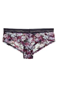 Welcome to H&M, we offer fashion and quality clothing at the best price in a sustainable way. Shorty, Hipster, Zip Around Wallet, Casual Shorts, Underwear, Women, Fashion, Briefs, Lace