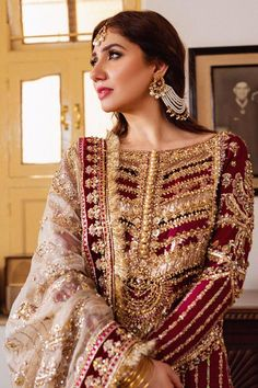 Pakistani Bridal Dresses Online, Pakistani Wedding Outfits, Pakistani Bridal Wear, Pakistani Wedding Dresses, Pakistani Dress Design, Bridal Outfits, Bridal Lehenga, Indian Bridal, Pakistani Gharara