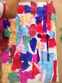 Pintura com papel crepon Pintura com papel crepon Como fazer: Corte em pedaços o rolo de papel crepom, umedeça na água e pressione na folha branca.