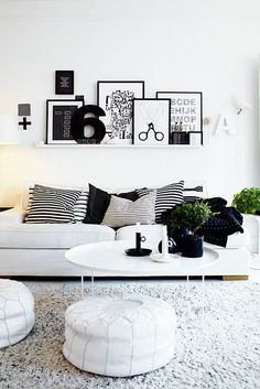 STYLEeGRACE ❤'s this living area décor!