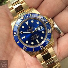 Can't go wrong with this one. #watchporn #watches #watchlife #timepieces #thegoodlife #amazing #love #mensstyle #amazing #impressive #nofilter #116618lb #116618 #submariner #goldsubmariner #gold #goldsub #rolex #rolexsub #rolexsubmariner #timepieces #horology #wristgame #mensstyle #watchlife #watchporn #watchcollector #watchcollectinglifestyle #watchcollecting #wcl #dallas #dallaswatches by watchcollectinglifestyle #rolex #submariner