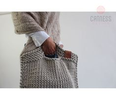 Vyrábíme ručně pletené a háčkované tašky, kabelky a cross body. Pletené tašky a háčkované kabelky z bavlny. Zaručujeme vysokou kvalitu a originální design.