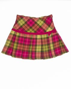 Pleated plaid skirt with side zipper, built-in underpants, and adjustable waist. Color: Multi-Colored Material: Cotton Condition: Like New Item Pink Plaid Skirt, Plaid Skirts, Mini Skirts, Little Girl Skirts, Skirts For Kids, Outfits Niños, Kids Outfits, Kids Frocks, Frock Design
