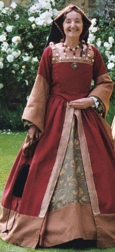 Jane Seymour's reproduction gown from the Holbein portrait