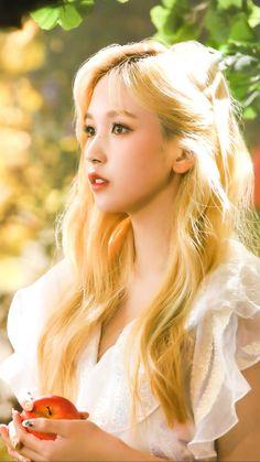 Twice Album, Myoui Mina, Twice Kpop, One In A Million, Nayeon, Photo Cards, Kpop Girls, Girl Group, Disney Characters