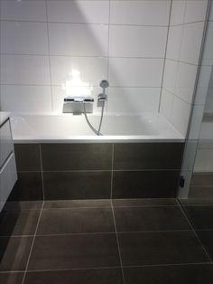 Kleine badkamer Nieuwegein | badkamer | Pinterest | Toilet ...