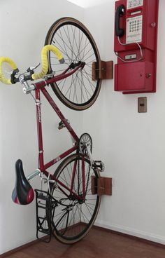 porta-bicicleta-pared-diy-8                                                                                                                                                                                 Más