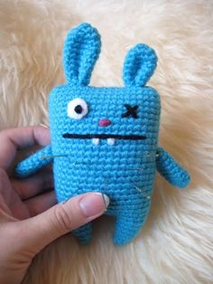 If I ever wanted to start this, I would start here! 1500 Free Amigurumi Patterns: Easy pattern