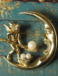 From the Victorian Trading Co Crescent Moon Caviar Brooch A diligent angel forks over the pearls to make the new moon full. X Faux Pearls Metal is nickel free white metal casting with gold electroplate. Moon Jewelry, Cute Jewelry, Jewelry Box, Jewelry Accessories, Jewelry Design, Zipper Jewelry, Jewellery Earrings, Wedding Accessories, Jewlery
