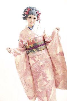 Kikirara color kimono rental. Hair by Tsurezure Takashima Dali Hair Design